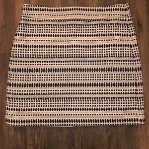 LOFT Black and White Patterned Skirt Size 10